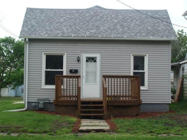 445 S 2ND Avenue, Canton, IL 61520 (#PA1225775) :: RE/MAX Professionals