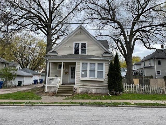 409 E High Street, Davenport, IA 52803 (#QC4222978) :: RE/MAX Preferred Choice