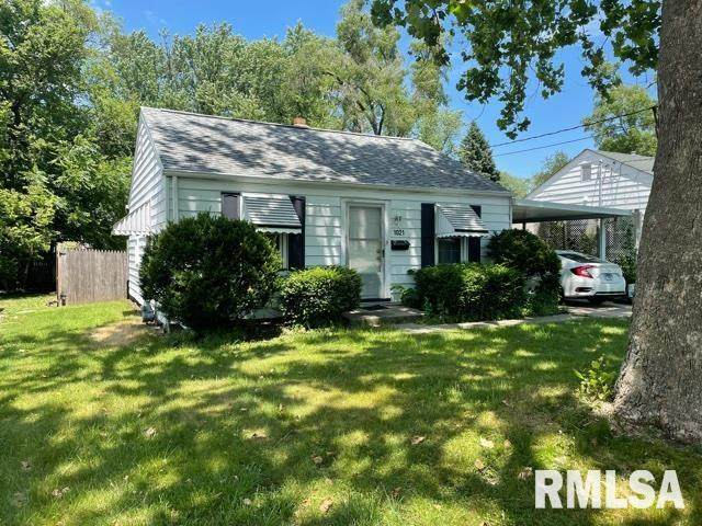 1021 W Crestwood Drive, Peoria, IL 61614 (#PA1226244) :: RE/MAX Preferred Choice