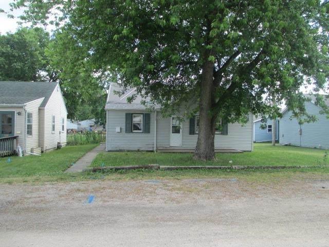 1207 W 17TH Street, Rock Falls, IL 61071 (#QC4223648) :: RE/MAX Professionals