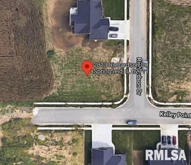 2813 Richardson Drive - Photo 1