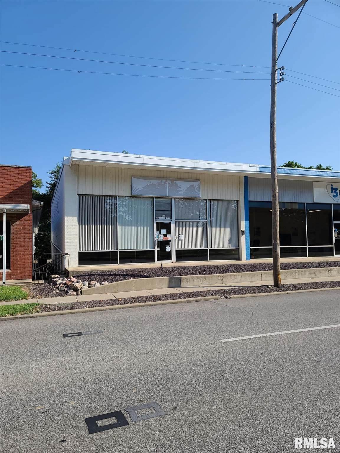402 Morton Avenue - Photo 1