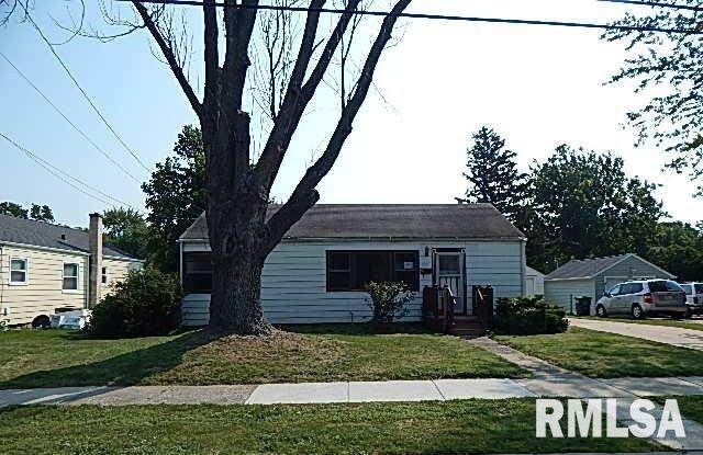 1231 14TH Street, Bettendorf, IA 52722 (#QC4226299) :: Killebrew - Real Estate Group