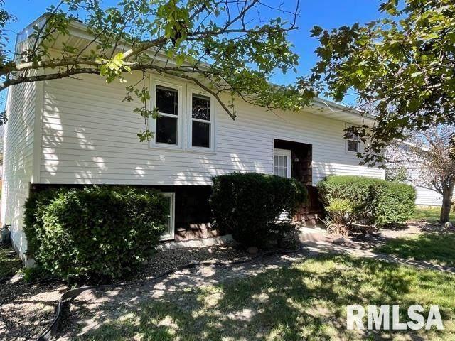 304 Violet, Auburn, IL 62615 (#CA1009942) :: Campo Realty Inc.