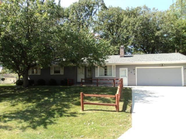 305 Hillside Drive, Kewanee, IL 61443 (#CA1010168) :: Kathy Garst Sales Team