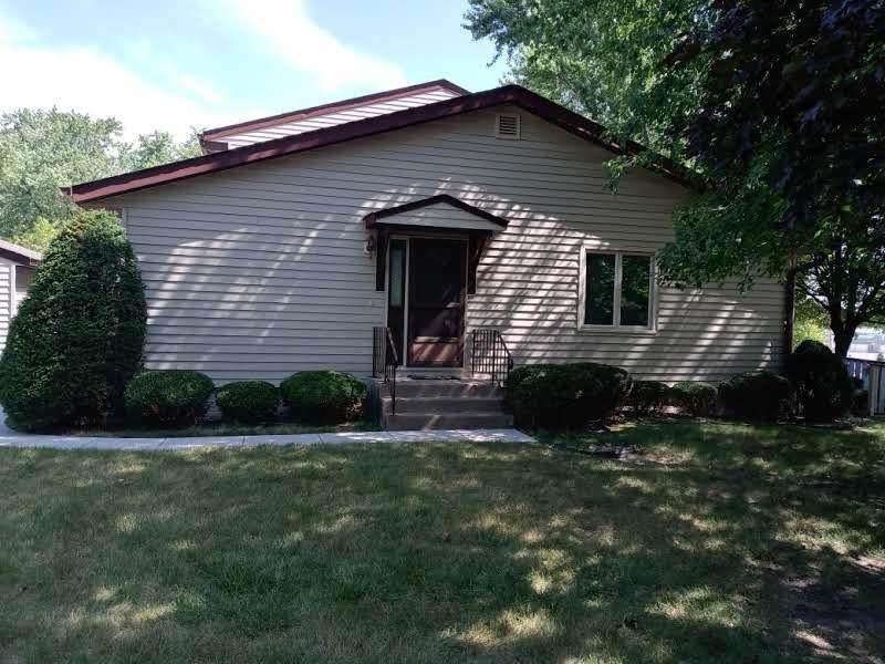 3641 Cedarwood Court - Photo 1