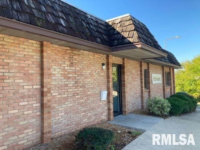 3440 38TH Avenue #3, Moline, IL 61265 (#QC4227439) :: Killebrew - Real Estate Group