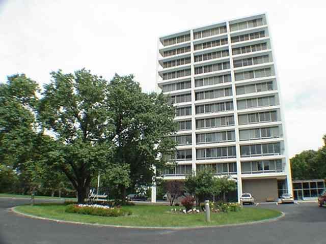 1337 21ST Avenue, Rock Island, IL 61201 (#QC4190306) :: Killebrew - Real Estate Group