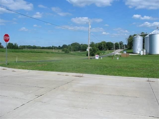 1001 2ND Street West, Orion, IL 61273 (#QC4185682) :: The Bryson Smith Team