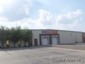 1558 S Henderson, Galesburg, IL 61401 (#CA154215) :: Adam Merrick Real Estate