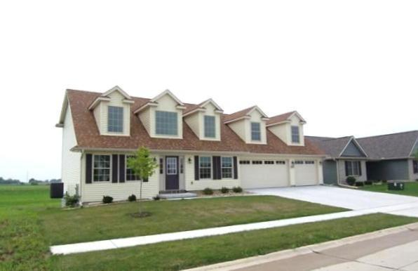 1717 Conor Court, Clinton, IA 52732 (#QC4200911) :: Adam Merrick Real Estate