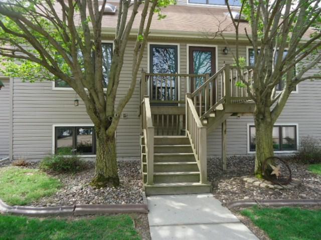 2112 35TH Street, Rock Island, IL 61201 (#QC4201885) :: Adam Merrick Real Estate