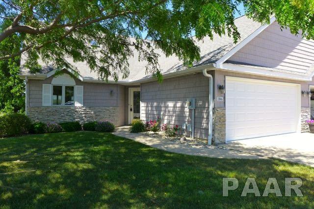 106 Harbor Pointe Drive, East Peoria, IL 61611 (#1184458) :: Adam Merrick Real Estate