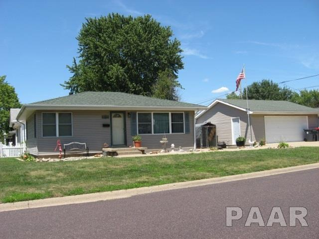 265 South Street, Pekin, IL 61554 (#1185207) :: RE/MAX Preferred Choice