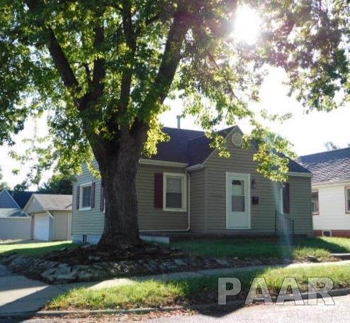 1400 Howard Court, Pekin, IL 61554 (#1188639) :: Adam Merrick Real Estate