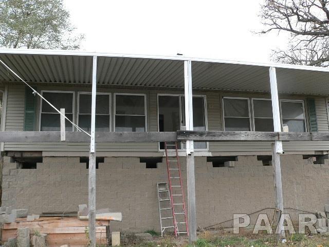 17620 N River Lane, Chillicothe, IL 61523 (#1189489) :: Adam Merrick Real Estate