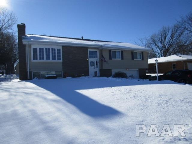 500 W Michigan Avenue, Metamora, IL 61548 (#1190348) :: Adam Merrick Real Estate