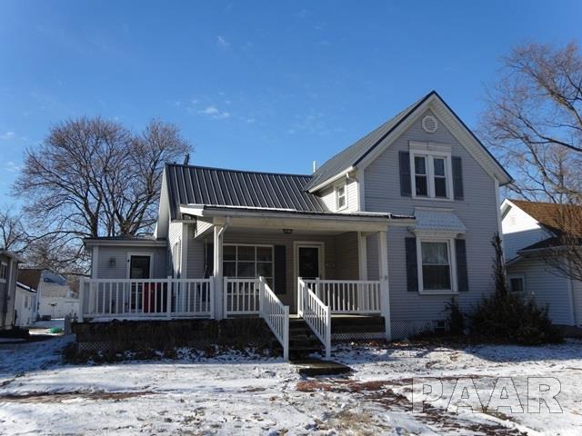 304 N Lilac Street, Elmwood, IL 61529 (#1190822) :: Adam Merrick Real Estate