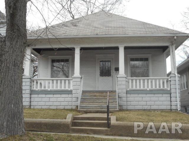 909 E Nebraska Avenue, Peoria, IL 61603 (#1191753) :: Adam Merrick Real Estate