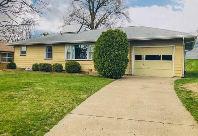 905 E Kingman Avenue, Peoria Heights, IL 61616 (#1193683) :: Adam Merrick Real Estate
