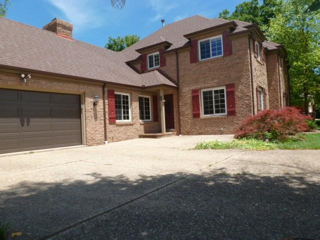 4709 W Woodway Drive, Peoria, IL 61615 (#1195307) :: Adam Merrick Real Estate