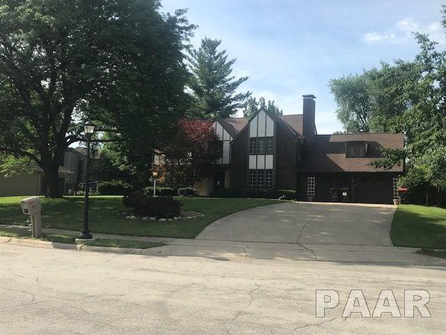 4507 W Claredda Court, Peoria, IL 61615 (#PA1195860) :: The Bryson Smith Team