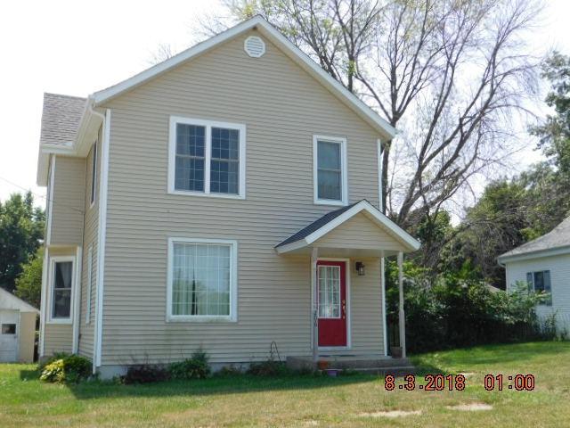 206 W Cedar Avenue, Elmwood, IL 61525 (#1197090) :: Adam Merrick Real Estate