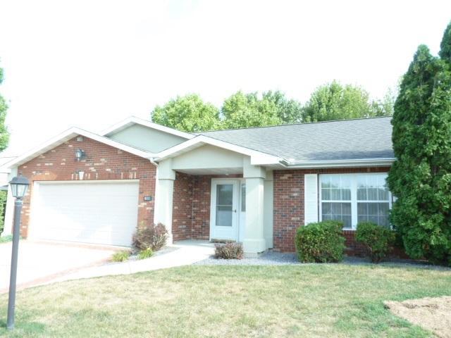 5333 W Flagstone Drive, Peoria, IL 61615 (#1197142) :: Adam Merrick Real Estate