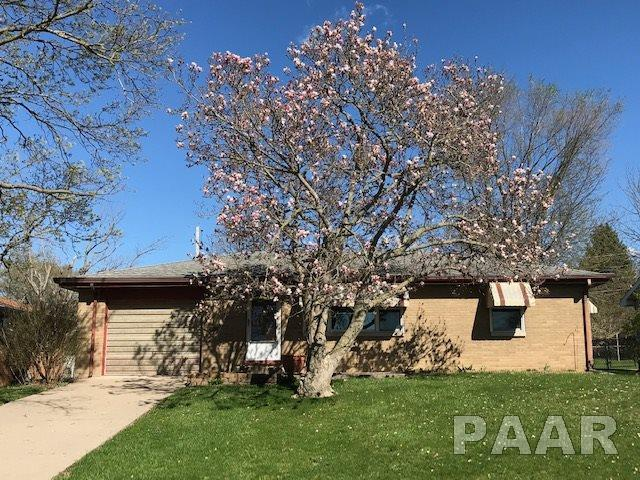 2524 N Renwood Drive, Peoria, IL 61604 (#PA1199731) :: The Bryson Smith Team