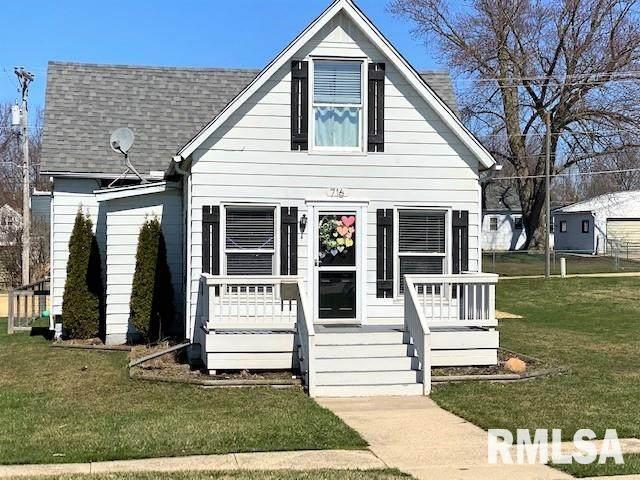 716 10TH Street, De Witt, IA 52742 (#QC4209406) :: Paramount Homes QC