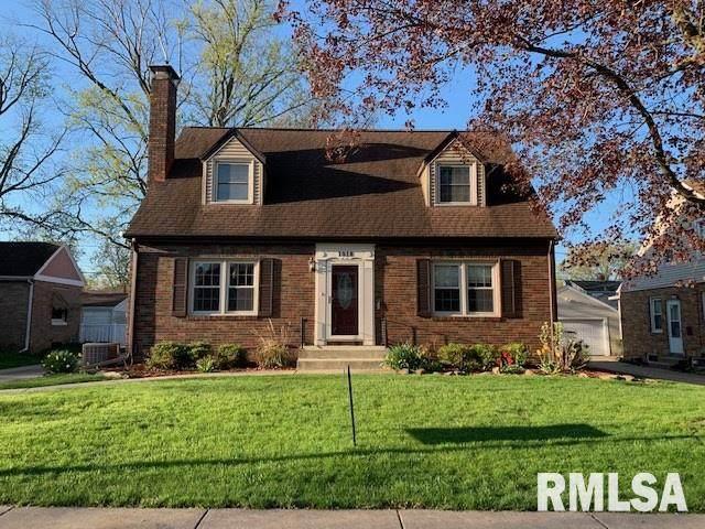 1018 E Norwood Boulevard, Peoria, IL 61603 (#PA1214108) :: Killebrew - Real Estate Group