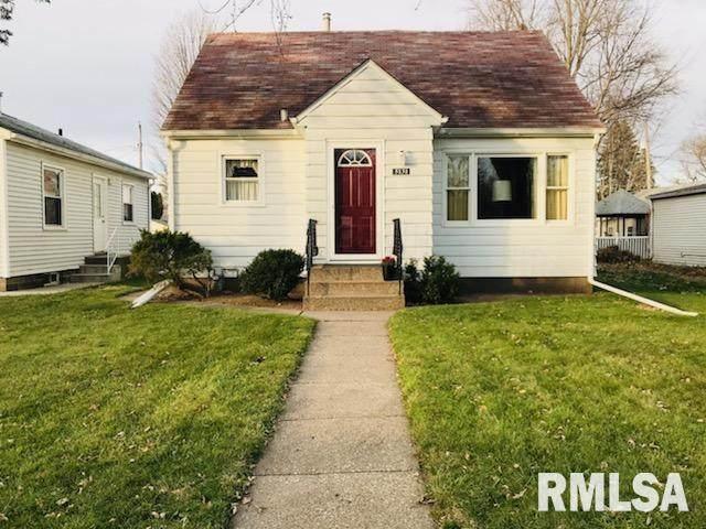 5131 8TH Avenue, Moline, IL 61265 (#QC4217170) :: Killebrew - Real Estate Group