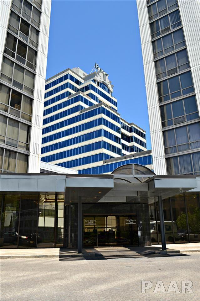 125 SW Jefferson Street, Peoria, IL 61602 (#1150646) :: Adam Merrick Real Estate