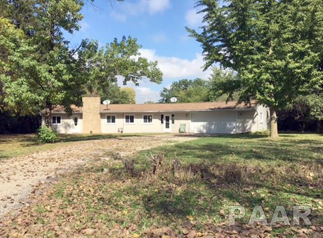 16500 Cherokee, Cuba, IL 61427 (#1180083) :: Adam Merrick Real Estate