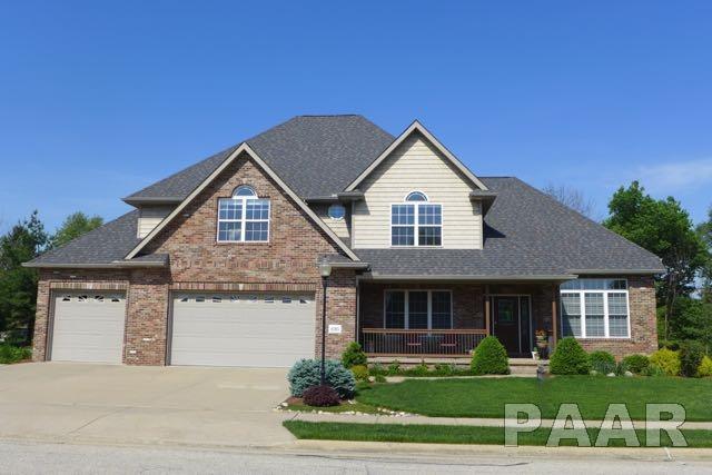 6705 N Greenwich Place, Peoria, IL 61615 (#1181223) :: Adam Merrick Real Estate