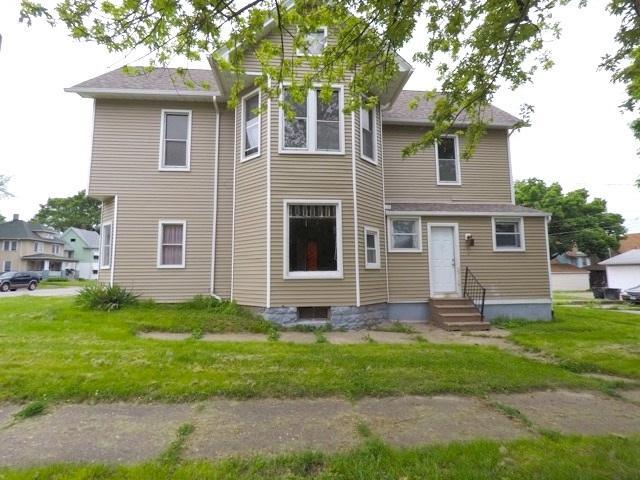 2739 7TH Avenue, Rock Island, IL 61201 (#QC285) :: Killebrew - Real Estate Group