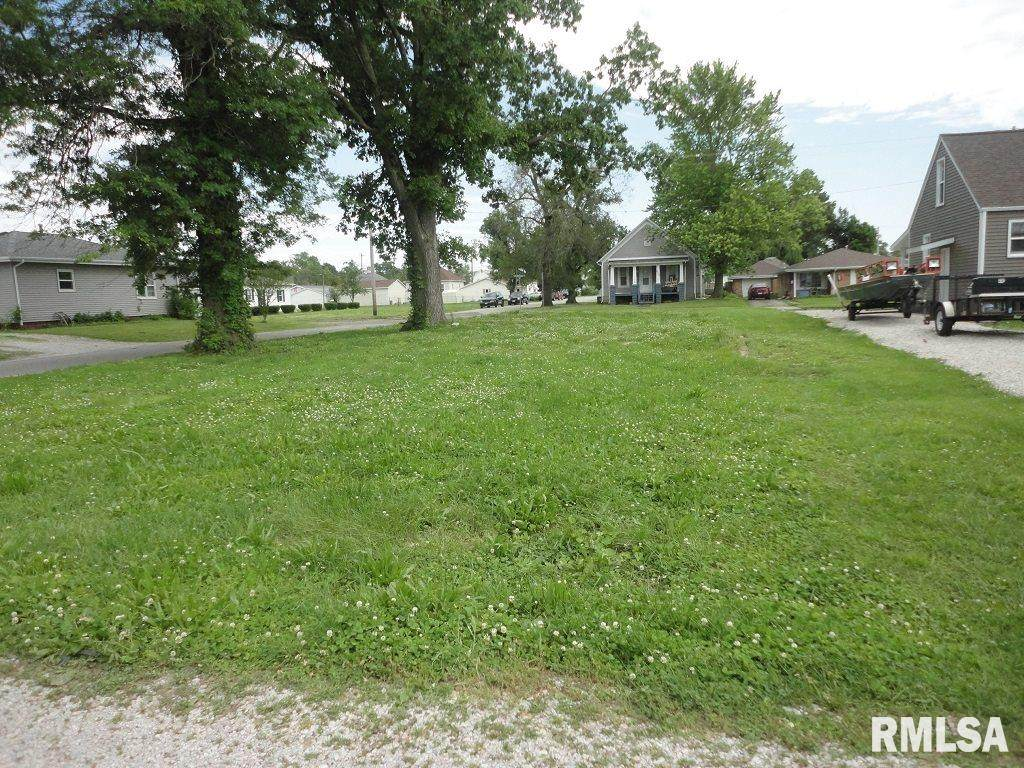 903 Vandeveer Street - Photo 1