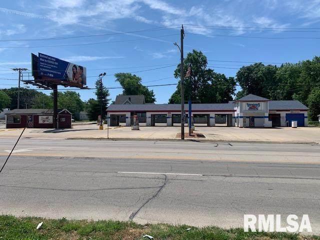 300 North Grand Avenue - Photo 1
