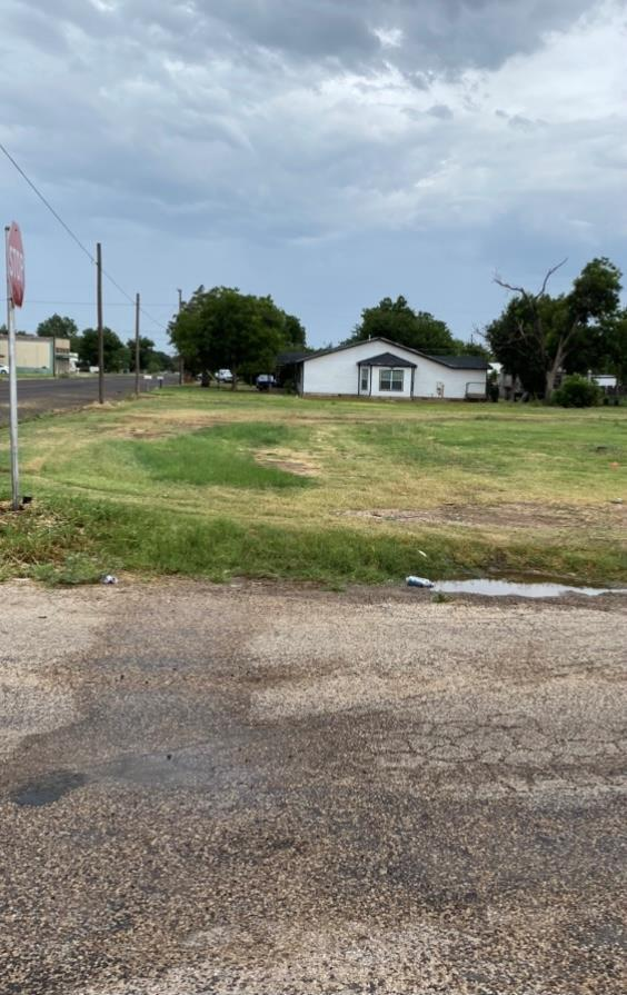 804 25th St, Snyder, TX 79549 (MLS #50041300) :: Rafter Cross Realty