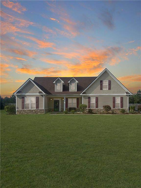 35 Creek Trail, FORT MITCHELL, AL 36856 (MLS #81666) :: Kim Mixon Real Estate