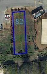 912 Jackson Avenue - Photo 1