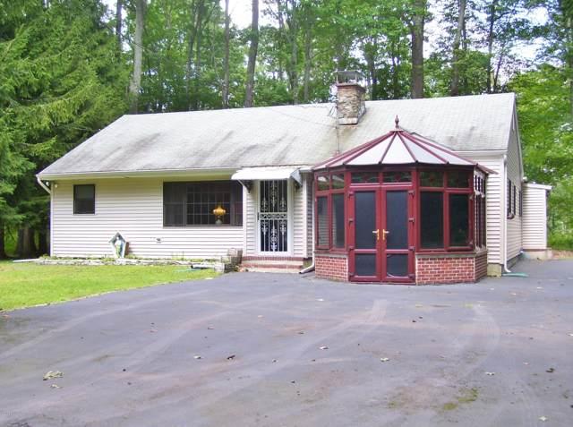 128 E Oak Ln, Greentown, PA 18426 (MLS #17-3565) :: McAteer & Will Estates | Keller Williams Real Estate