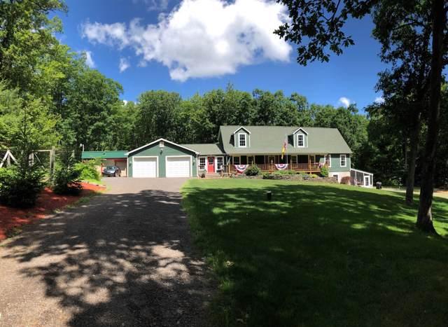 195 Fox Ridge Park Drive, Greeley, PA 18425 (MLS #18-1942) :: McAteer & Will Estates   Keller Williams Real Estate