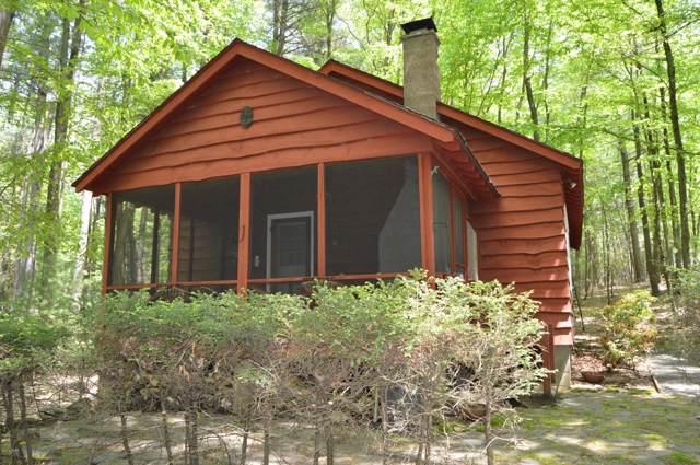 108 Black Bear Run, Paupack, PA 18451 (MLS #19-2235) :: McAteer & Will Estates | Keller Williams Real Estate