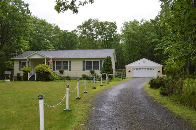 109 Red Rock Cir, Hawley, PA 18428 (MLS #19-2756) :: McAteer & Will Estates | Keller Williams Real Estate