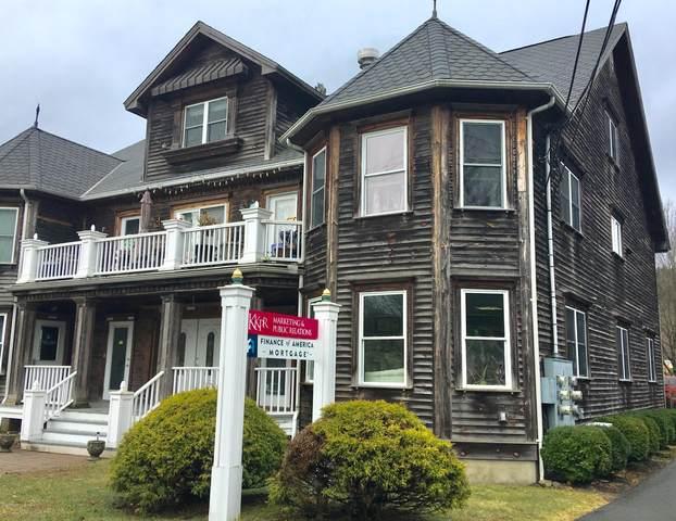 310 W Harford St, Milford, PA 18337 (MLS #20-1131) :: McAteer & Will Estates | Keller Williams Real Estate