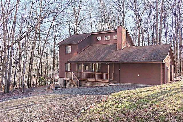 1005 Hidden Valley Ct, Lake Ariel, PA 18436 (MLS #20-188) :: McAteer & Will Estates | Keller Williams Real Estate