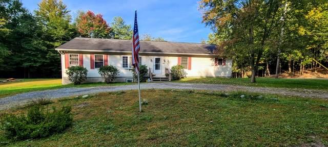 147 Deep Hollow Dr, Greentown, PA 18426 (MLS #20-3901) :: McAteer & Will Estates | Keller Williams Real Estate