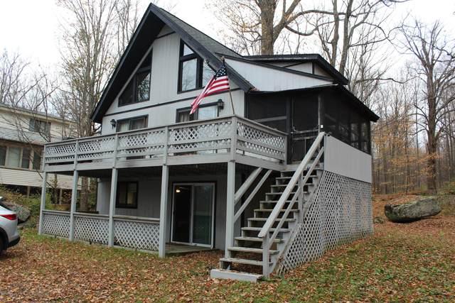 76 Windemere Ln, Lake Ariel, PA 18436 (MLS #20-4304) :: McAteer & Will Estates | Keller Williams Real Estate