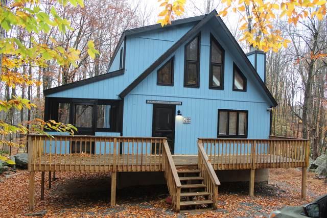 49 Woodridge Dr, Lake Ariel, PA 18436 (MLS #20-4332) :: McAteer & Will Estates | Keller Williams Real Estate